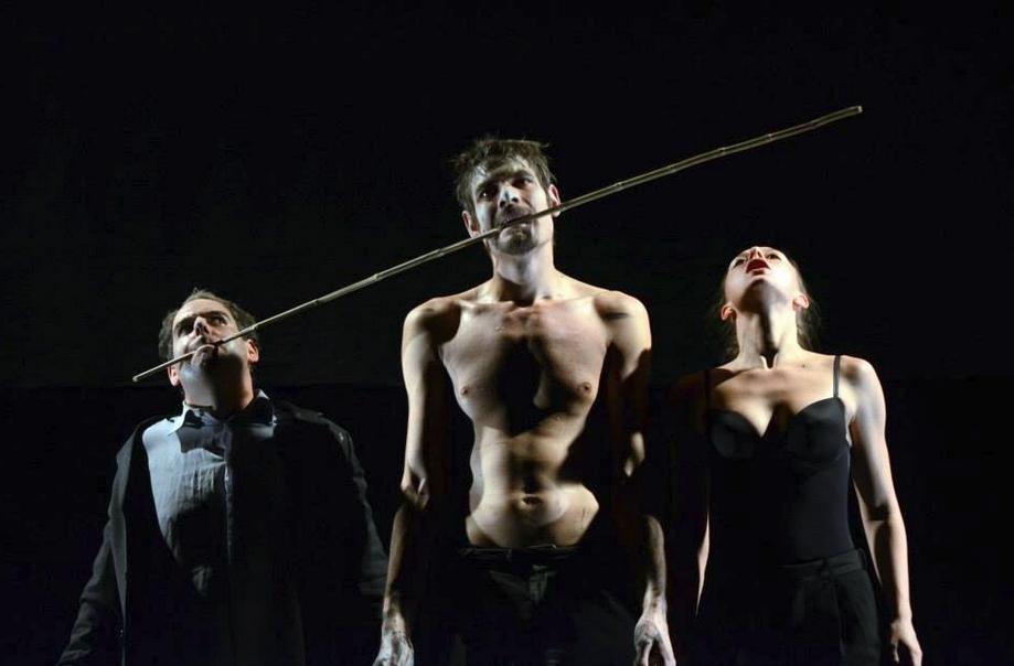 Szerda Zsófia fotója a Rózsák előadásról