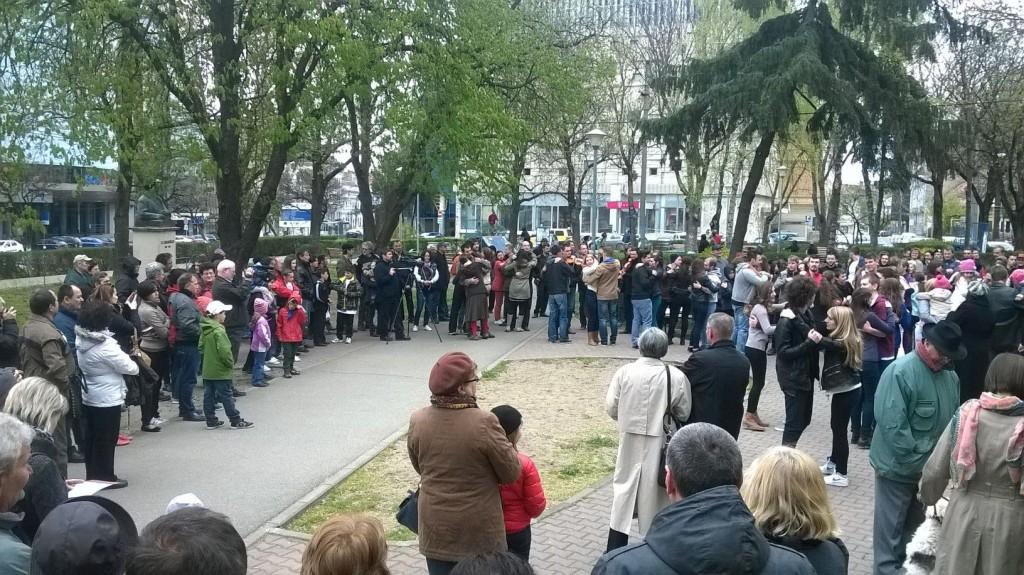 bogancs_flashmob_tanc