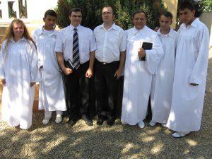 Bemerítés 2012 fotó: A nagyváradi roma baptista egyház honlapja