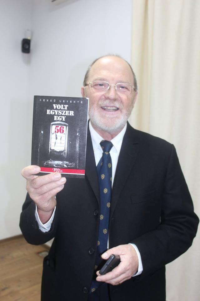 Benkő Levente a kötet első kiadásával