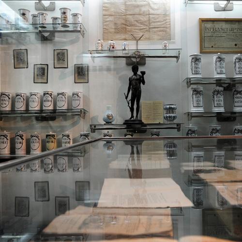 T-3_1_muzeul farmaciei_01